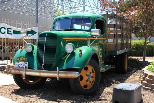 Farm Store Truck