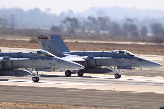 F18's